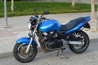 Kawasaki ZR-7 ZR750FF TÜV - YouTube